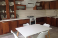 Classic/Contemporary kitchens